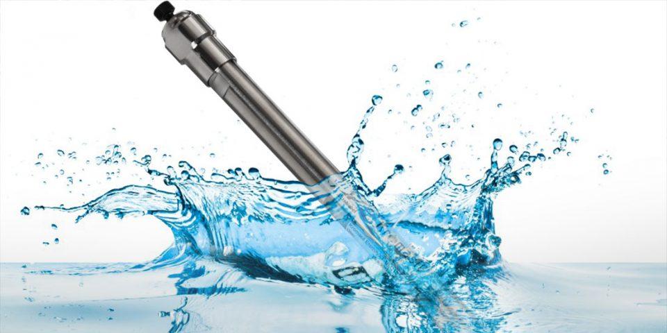 Coluna-HPLC-Aquosa,-executando-fase-estacionária-hidrofóbica-e-fase-móvel-aquosa